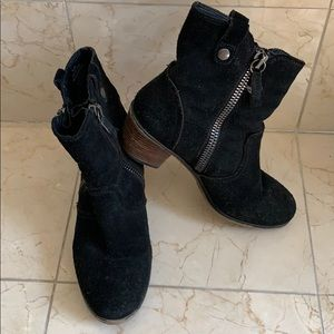 Steve Madden Black Booties Windey